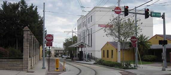 empty streetcar tracks in Tampa