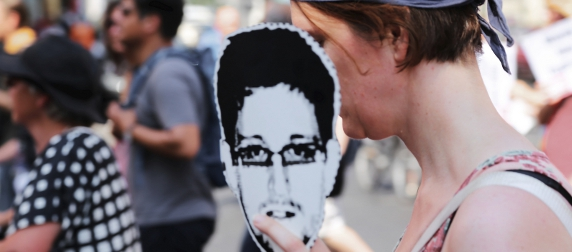 Snowden mask at Berlin protest