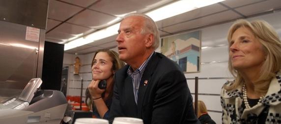 Joe Biden at Kewpee Burger