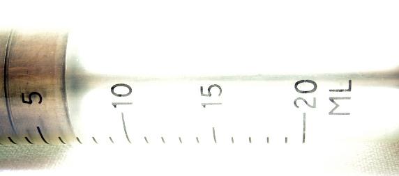 detail of a gauge on a 20 ml syringe