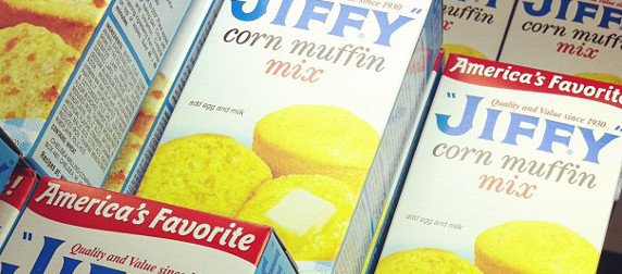 Jiffy corn muffin mix boxes, in detail