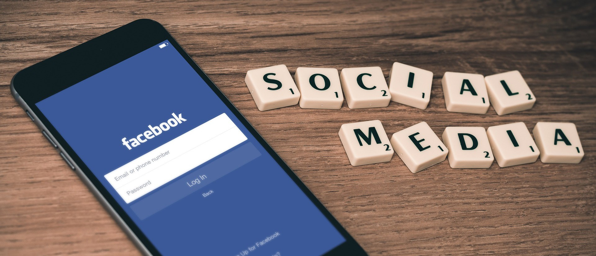 social-media-763731_1920-e1450197550185