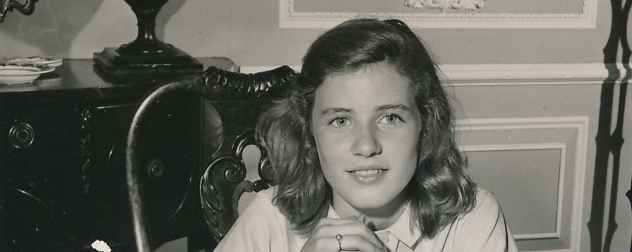 black-and-white publicity still of Patty Duke, 1962