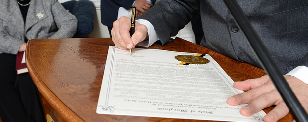 Gov. Martin O'Malley signs Maryland's Electoral College vote results for 2012 (detail)