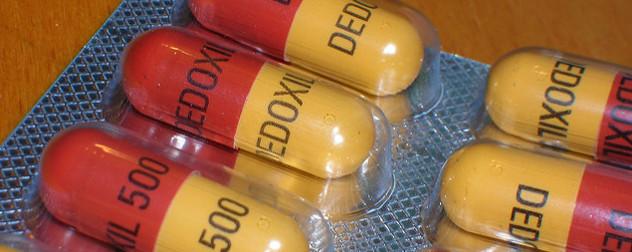 detail of blister pack of antibiotic capsules