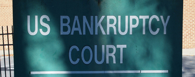 sign reading US BANKRUPTCY COURT