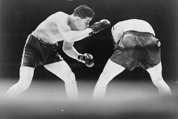 Joe Louis boxing against Max Schmeling