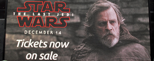London ad for 'Star Wars: The Last Jedi' featuring Mark Hamill's face