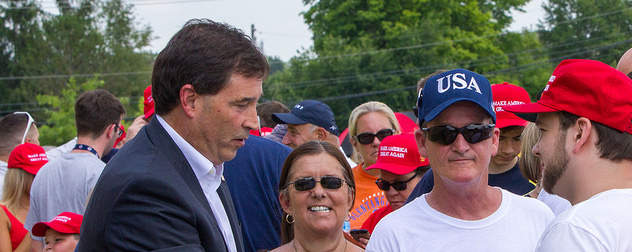 Republican candidate Troy Balderson with crowd
